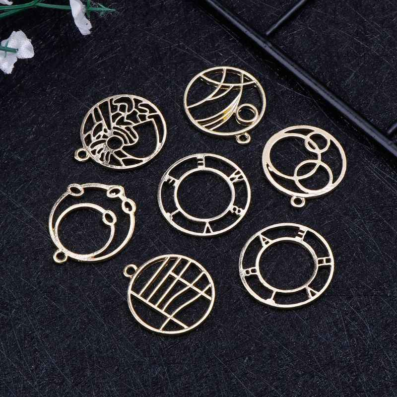7 Pcs Metal Frame DIY UV Resin Epoxy Resin Tools Jewelry Making Pendant Necklace Setting Findings Women Gifts Handmade Exquisite