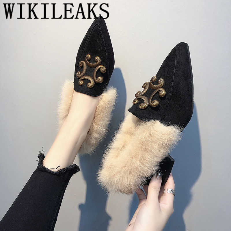 Nieuwe dames schoenen vrouw slip op loafers puntschoen fur flats metalen decoratie vrouwen schoenen zapatillas mujer casual tenis feminino