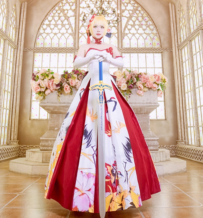 Fate Stay Night Saber Cosplay Costume Saber Wedding Dress Halloween Costume for wonder woman cosplay