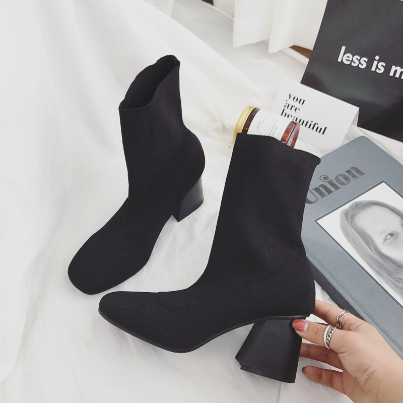 2019 autumn and winter Martin boots thick with square head in the middle tube female ankle boots black ljj 02162019 autumn and winter Martin boots thick with square head in the middle tube female ankle boots black ljj 0216