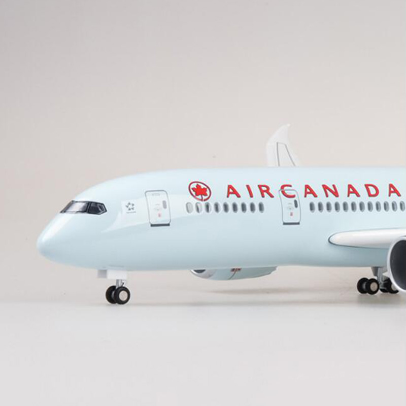 47CM 1/130 Scale Airplane Boeing B787 Dreamliner Aircraft Canada Airlines Model with Light and Wheels Diecast Plastic Plane47CM 1/130 Scale Airplane Boeing B787 Dreamliner Aircraft Canada Airlines Model with Light and Wheels Diecast Plastic Plane