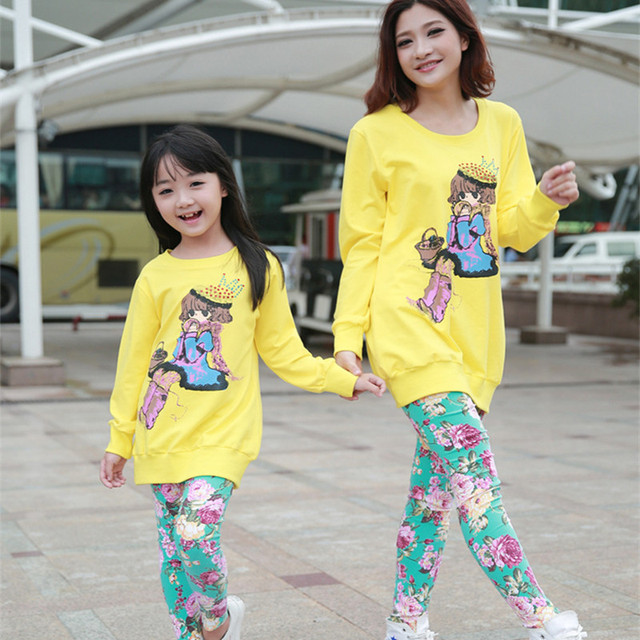 2016 Brand Matching Mon And Daughter Print Flower Clothing Set Long Sleeve Cartoon T-Shirt+Flower Pants Family Clothing Set