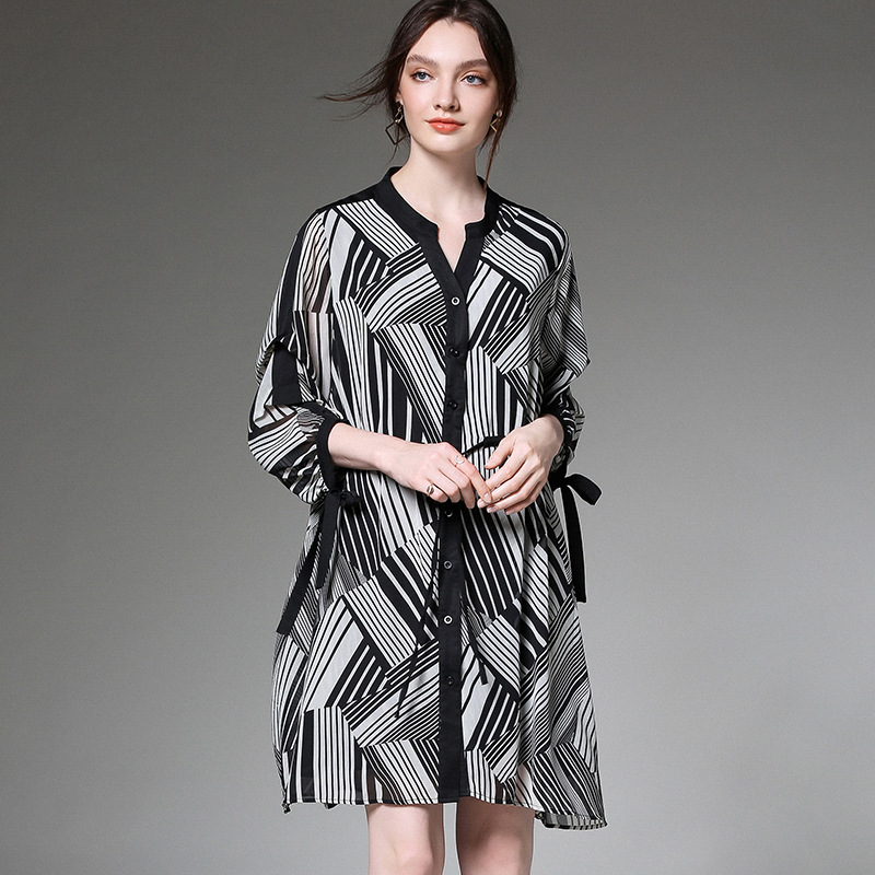 YZ Large Size Women 39 s Dress 2019 Summer New Feminine Dress Loose Chiffon Dress for Women Femme Dress in Dresses from Women 39 s Clothing