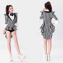 Modern dance jazz dance Black and white stripes magician performing Club DJ bar steel tube dance costume