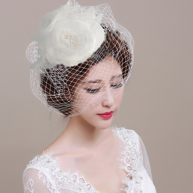 Y334 Hot Sale Stunning Net White Bird Cage Wedding Veils with hangwork Flowers and pearl Headdress 2017 New