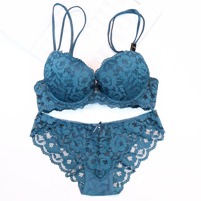 Sexy Lace Bra Panties Underwear Lingerie Set