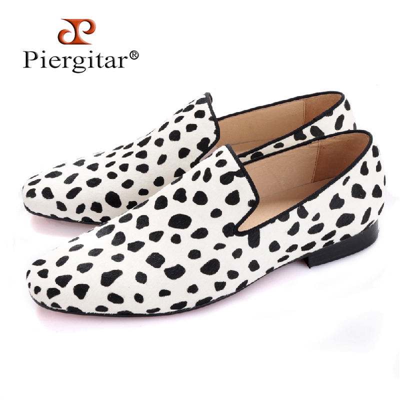 цены на Piergitar 2017 new handmade men fashion party and wedding loafers Zebra pattern horse hair men dress shoes Plus size male flats в интернет-магазинах
