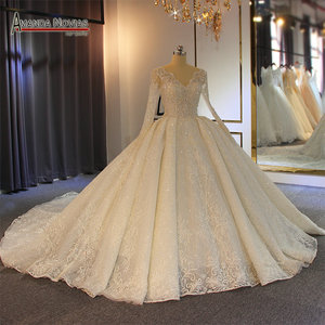 Image 1 - Robe de soiree casamento 2019 beading completo vestido de casamento espumante 100% alta qualidade trabalho real