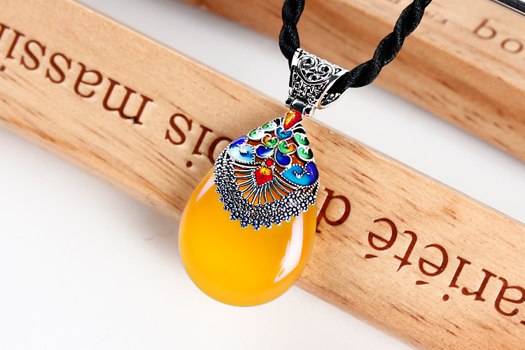 Natural green / Black / yellow agate chalcedony Pendant Chain sweater women stylish retro Cloisonne 925 Silver 925 silver green yellow chalcedony agate pendant buckle female sweater chain large round jade pendant
