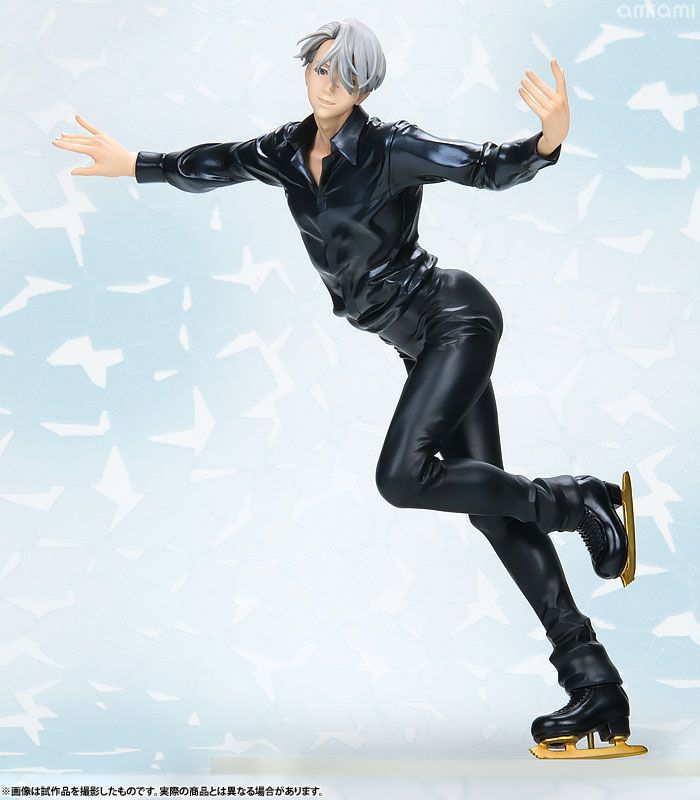 Anime Yuri on Ice Victor Nikiforov 1/8 Scale Figure Collectible Model Toy 21cm