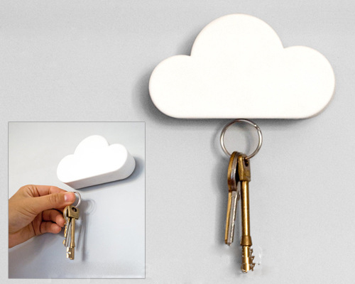 Cool Cloud Shaped Magnetic Key Holder Wall Sticker Chains Rings Creative Keyholder