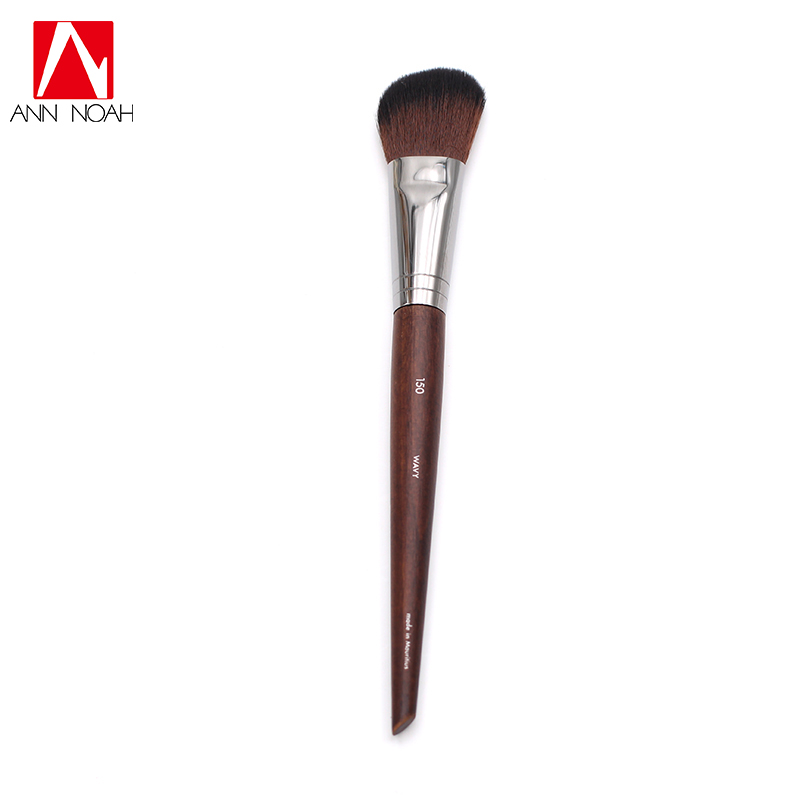 Professional Makeup Artist Long Wood Handle Wavy Synthetic Hair 150 Sophisticated Slanted Precision Sculpt Blush Brush