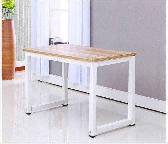 escritorio de la computadora de escritorio simple estudio minimalista mesa de trabajo de madera y hogar