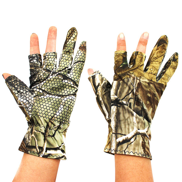 Professional Fishing Gloves Outdoor Sports Camo 3 Fingers Cut Men