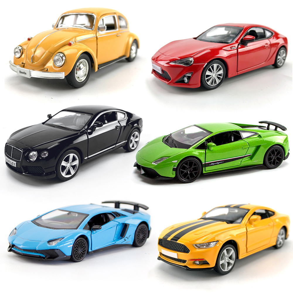1/36 Scale Diecasts Vehicle Toys Muscle Car Vintage Car Simulation Pull Back Alloy Model Car Pull Back Toys For Boy Kids Gifts image