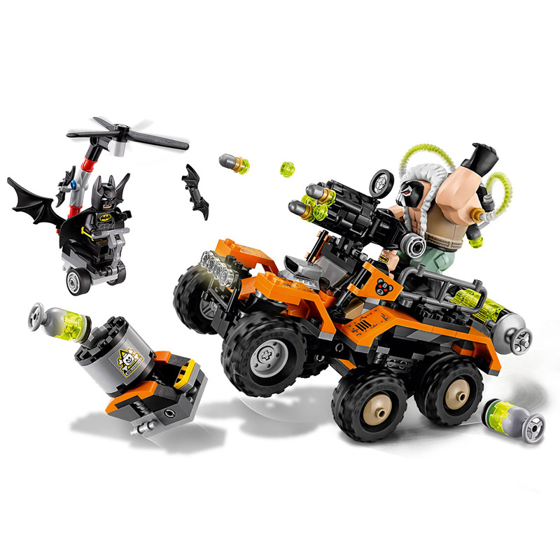 LEPIN Batman Hero Bane Toxic Truck Attack Building Blocks Bricks Set Movie Model Kids Toys Marvel Compatible Legoings 70914 20cm ogrum 44007 robot brain attack hero factory 5 0 star soldier action figures model building bricks blocks kids toys gifts