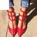 2017 Novo Design de Rebites Bombas, As Mulheres Da Moda Pico Sapatos de Salto, Sapatos Gladiador