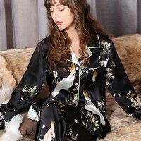 Пикантные черные 100% шелк пижамные комплекты Женские Симпатичные попугай цифровой живописи Длинные рукава элегантность натуральной шелк б