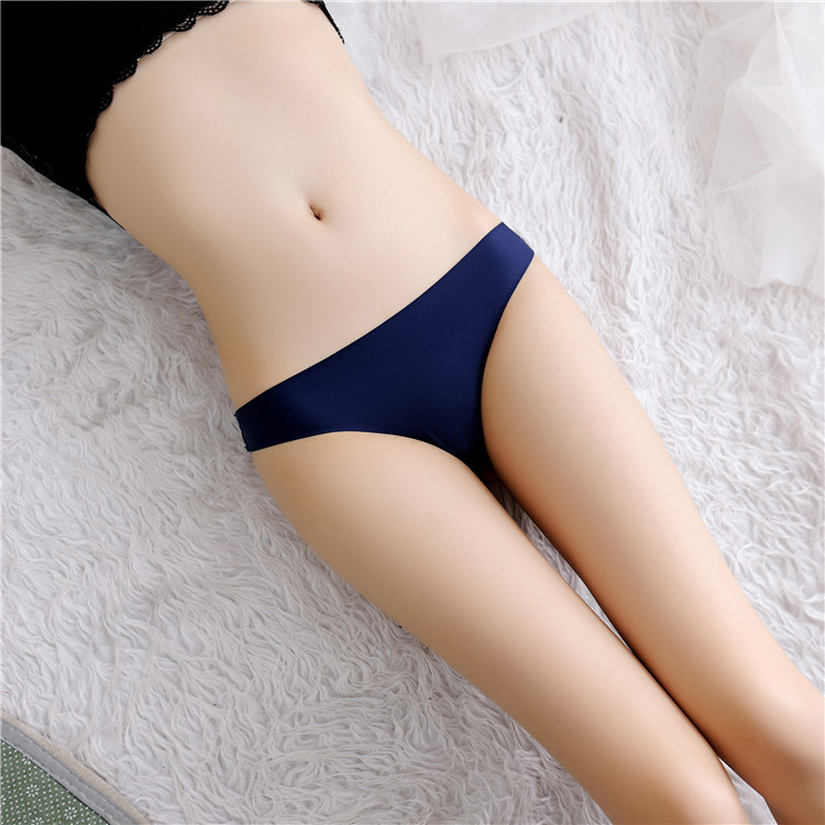 Ice thread without trace female underwear lace hip hip sexy pure sense of thong