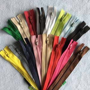 5 Pieces Nylon Zipper Zip 3# 12 / 15 / 20 / 25 / 30 / 35 / 40 / 45 / 50 / 55 / 60 cm Zippers Sewing Accessories(China)