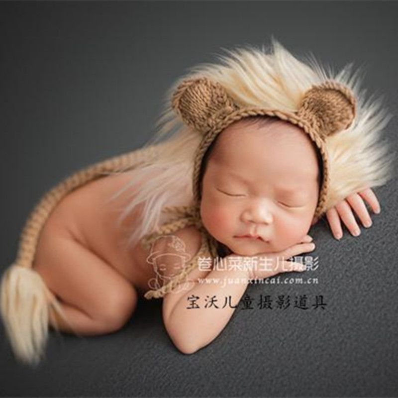 47eac723135 Christmas Hand Knitted baby bonnet Baby lion hat photography props Newborn  knit cotton bonnet photo props