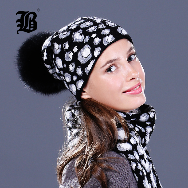 [FLB] Raccoon Wool real Fox Fur Pom Poms Hat Female Women Warm Knitted Casual High Quality Vogue Winter Hats   Skullies     Beanies