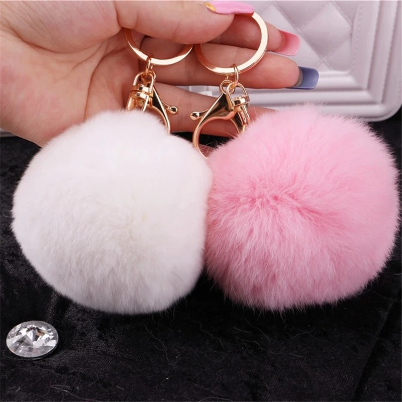 High Quality 10PCS Fashion Pastel Colors Fur Ball Decorated Gold Tone Keyring Keychain for Women Handbag Decoration Charm