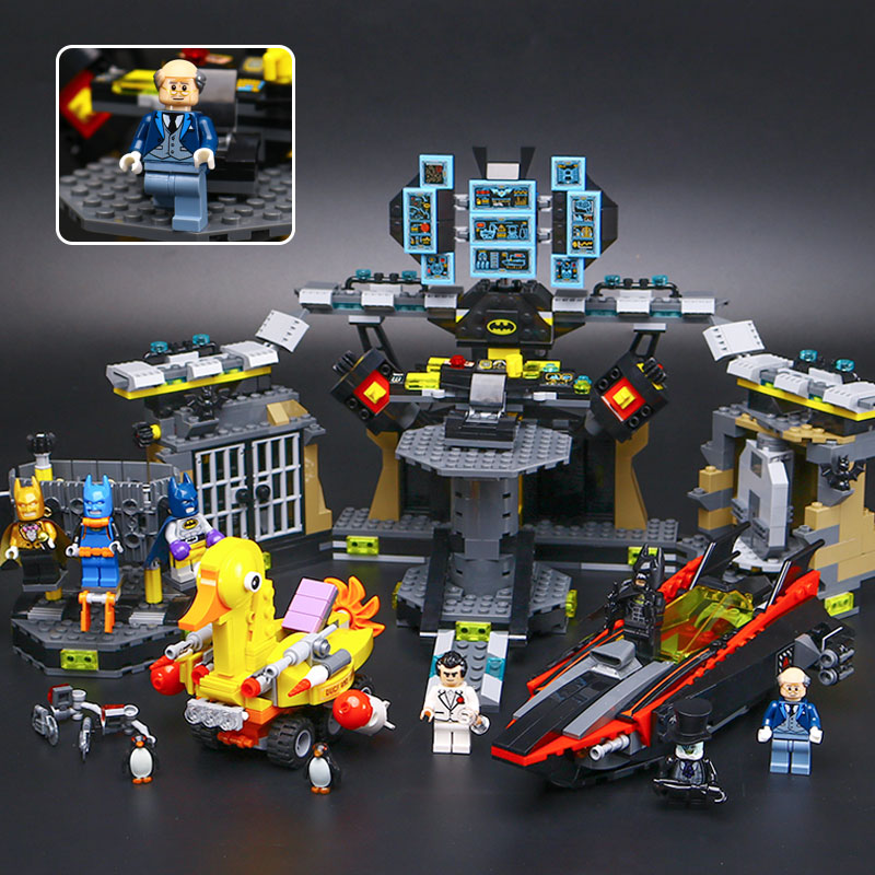 Lepin Batman Movie 07052 Batcave Break in model Set Building Blocks Bricks Educational Toys boy compatible legoING 70909 1047PCS lepin 07052 1047pcs super heroes batman batcave break in diy model building blocks gifts batgirls movie toys compatible 70909