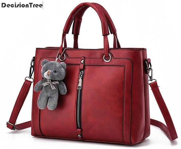 2017 New arrival Famous brand women handbag with a Teddy Bear designer handbag PU leather tote messenger bag female Clutches