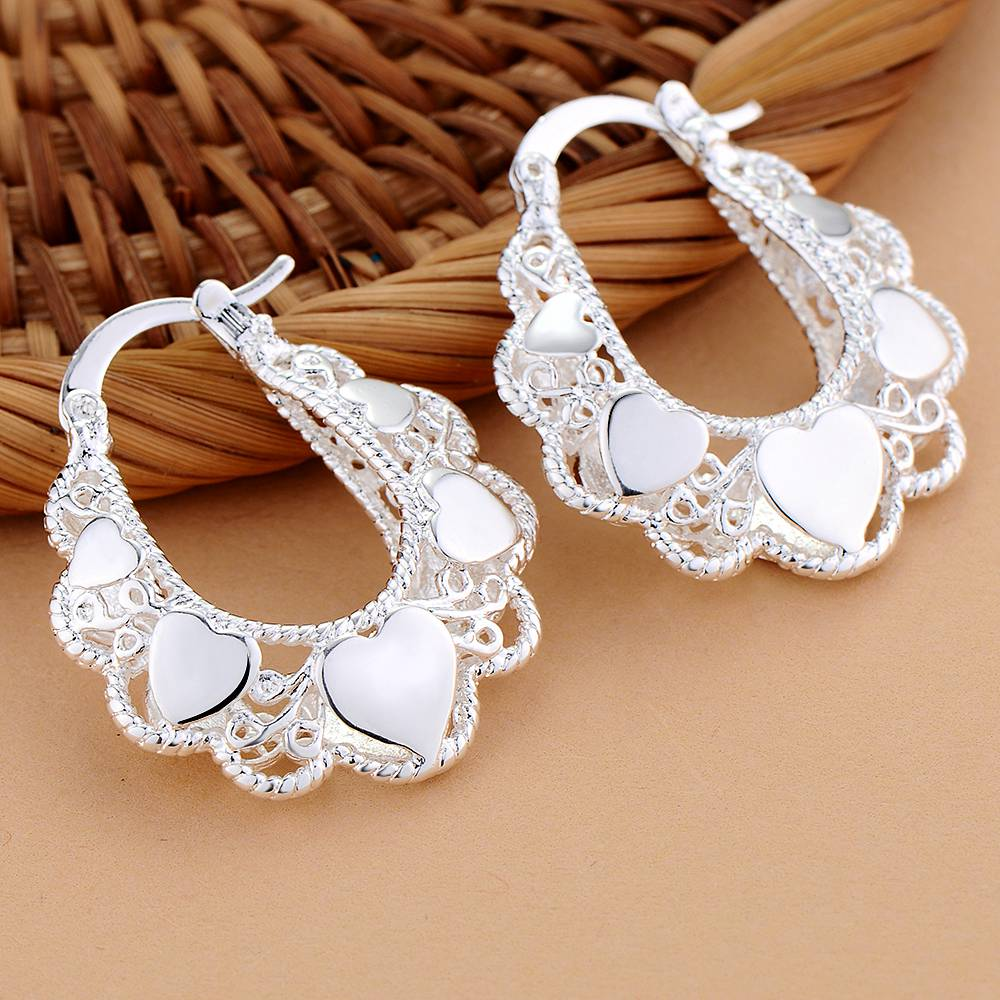 Silver Plated 925 jewelry Earrings For Women Wholesale Free Shipping Christmas Gifts Fashion Jewelry Modelling delicate hearts