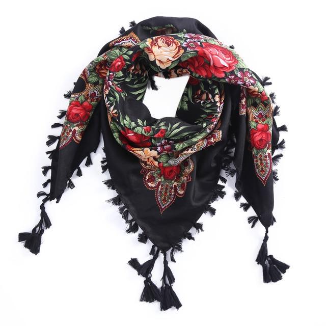 14e588bc6265 La russie nouvelle vente chaude Wquare Mode décoratif Écharpe à la main  gland Écharpes de conception