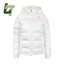 2018 Women Outdoor White Goose Down Coat Autumn Winter Waterproof Breathable Light Hooded Thermal Women