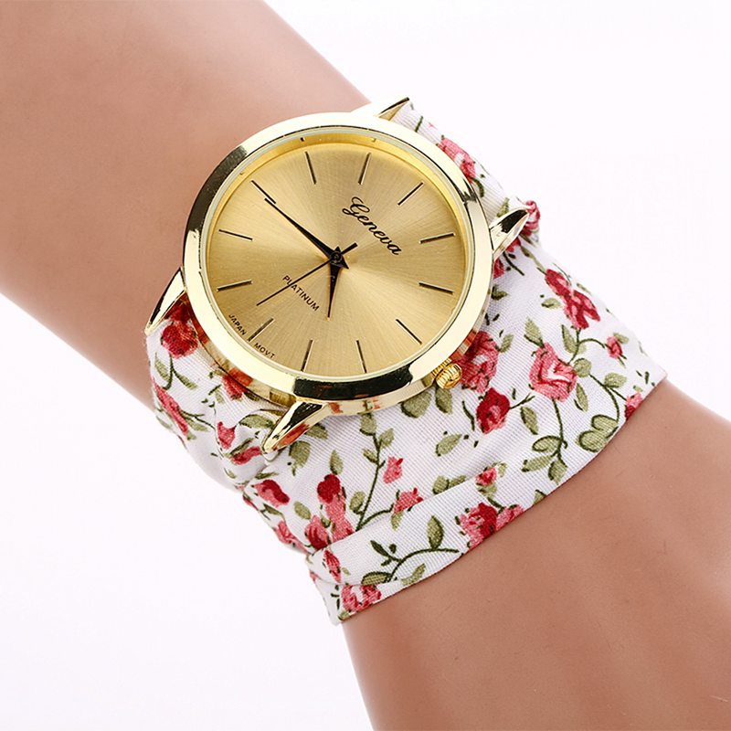 2018 New Ladies Watch Women White Pink Watch Flower Cloth Straps Bracelet Woemn Watches montre roses relojes mujer