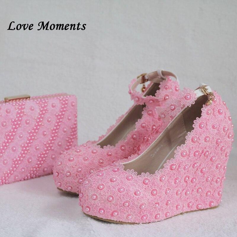 Love Moments/белые свадебные туфли и сумки с цветочным принтом; туфли на платформе и высоком каблуке; женские туфли с круглым носком и ремешком на щиколотке
