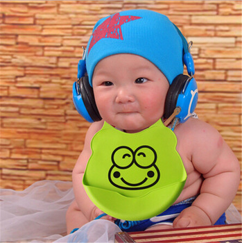 Waterproof Silicone Bib 1