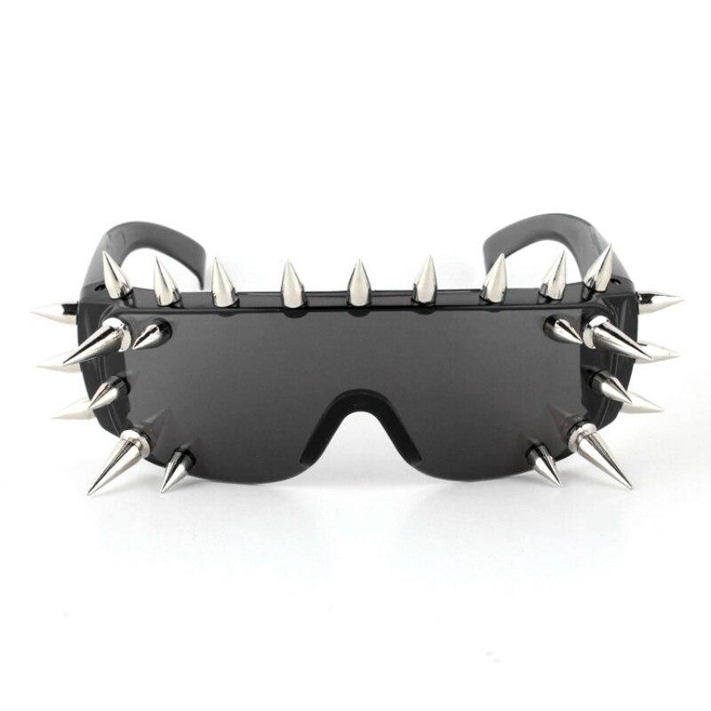 Vazrobe ממוסמר משקפיים משקפי מגן עם Spikes רוק שחור Hippy משקפי שמש לנשים Steampunk ספייק פלסטיק חידוש חתיכה אחת היפ הופ