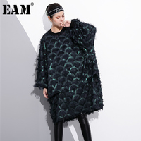 EAM 2018 New Spring Round Neck Long Sleeve Solid Color Green Loose Big Size Tassle