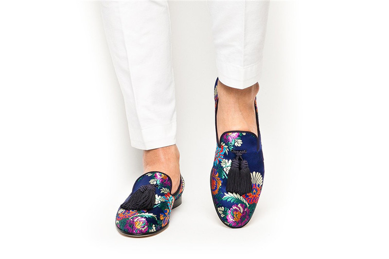 SUPERGLAMOUROUS_LOUIS_KORELA_NAVY_SLIPPERS_4