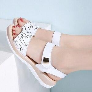 Image 5 - STQ 2020 Giày Sandal Nữ Mùa Hè Da Thật Chính Hãng Da Đế Bằng Dây Đeo Mắt Cá Chân Đế Bằng Nữ Trắng Peep Toe Flipflops 1803