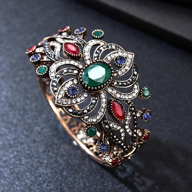 Фото брендовые дизайнерские браслеты joyme с кристаллами большие
