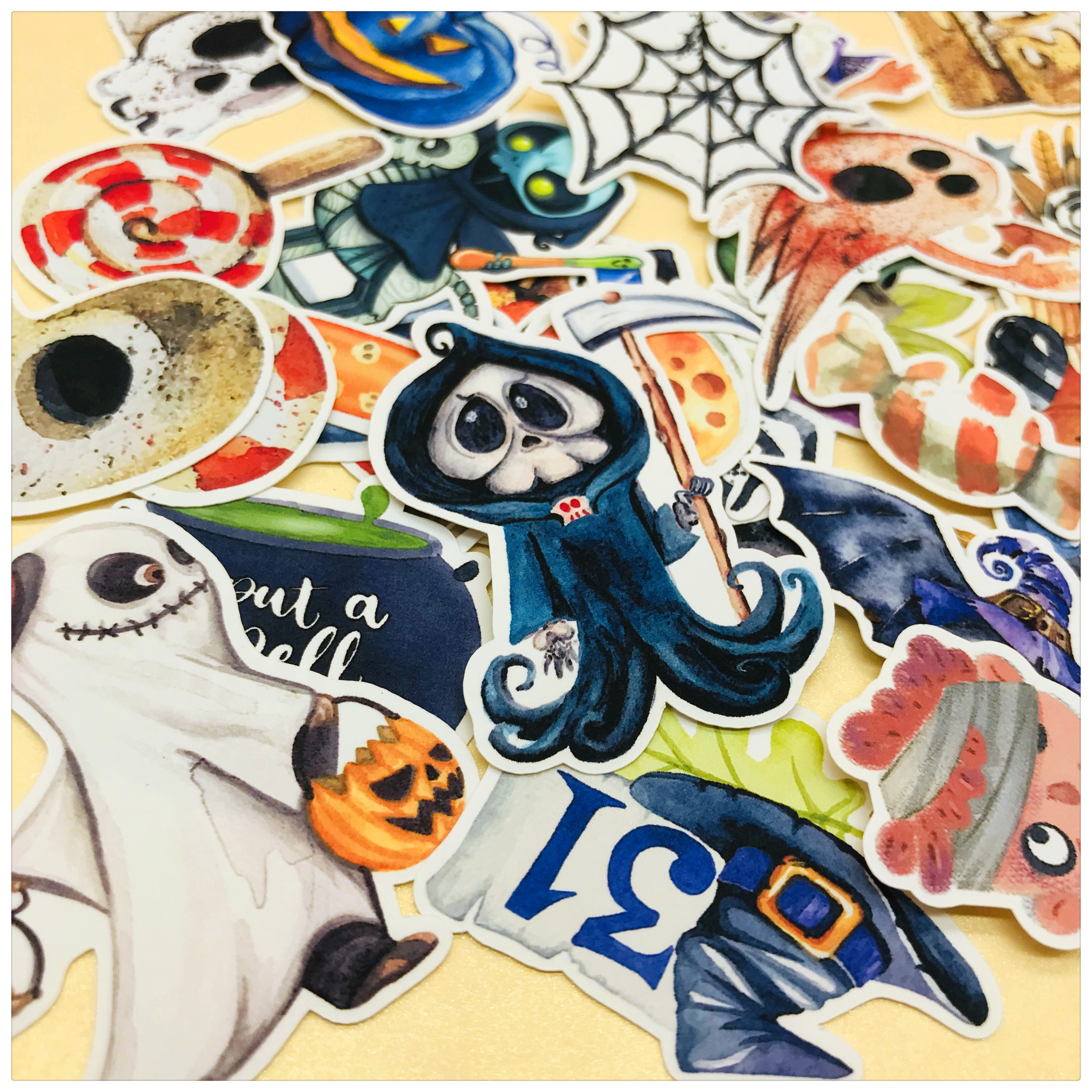 33pcs Cute Cartoon Halloween Pumpkin And Ghost Decoration Stationery Sticker Diy Diary Scrapbook Label Sticker Stationery