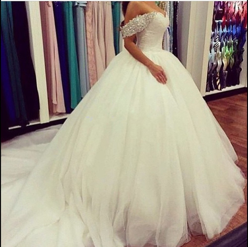 Stunning Princess Soft Tulle Ball Gown Crystals Beaded Off Shoulder Wedding Dresses Vestidos De Noiva Long Train