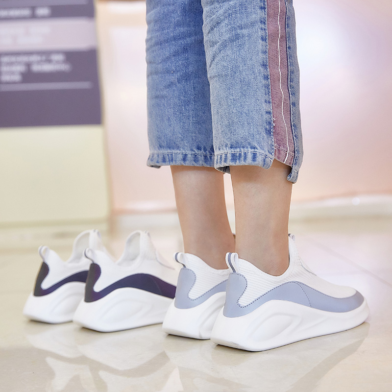 f4ae61b7d0 Dumoo Brand 2019 Shoes Women Sneakers Shoes Spring White Casual Shoes  Female Shoes Heel 3.5cm