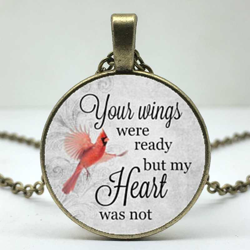ปีกของคุณพร้อมแล้วแต่หัวใจไม่ได้ในหน่วยความจำฉันสูญเสียคนรักของฉันและที่ระลึกความหมายสร้อยคอ