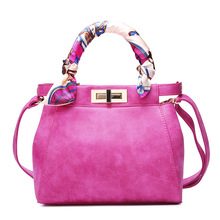 2016 new handbag fashion fashion bag shoulder lock Hand Scrub
