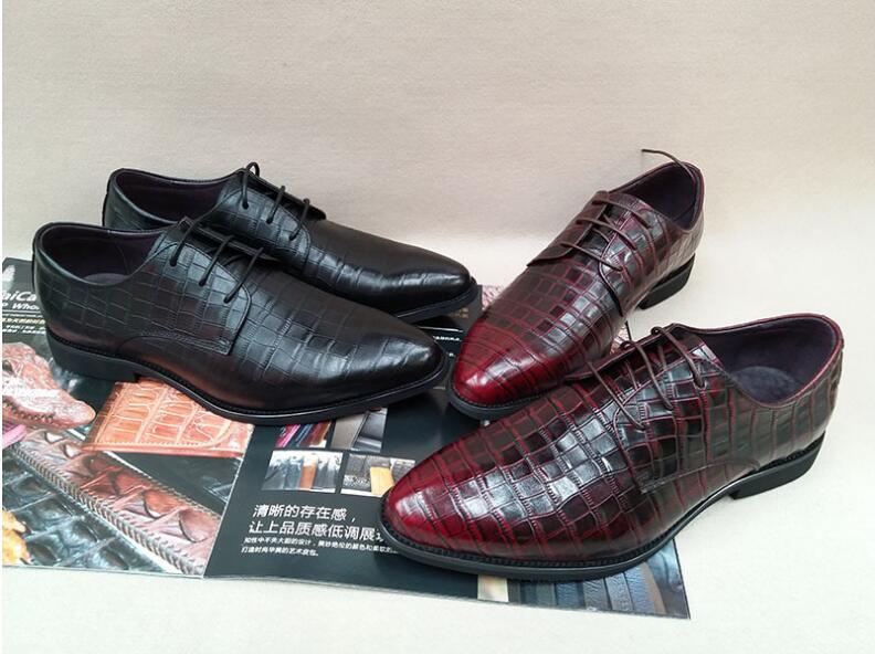 Derby chaussures printemps modèles nouvelle tendance en relief en cuir pleine fleur affaires robe chaussures à lacets bout pointu mode robe chaussures