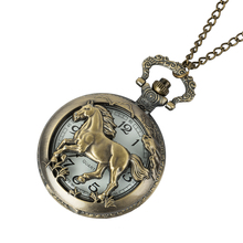купить 2019 Bronze Hollow Horse Case Design Quartz Pocket Watch With Necklace Chain Pendant Jewelry Gift For Birtday Christmas дешево