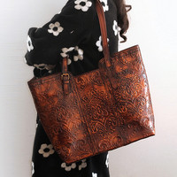 High Quality Genuine Leather Handmade Vintage Women Single One Shoulder Bag Engraving Flower Embossed Design Ladies