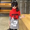 Niñas de Invierno sudadera Sudaderas Historieta de las muchachas Niños de impresión larga tops de cuello de Tortuga superior doble colores patchwork de manga larga