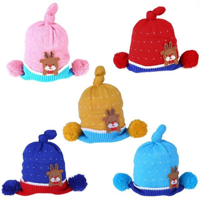 Cartoon recién nacido Navidad ciervos bebé tejer sombrero otoño ...